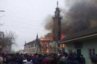 В Кизляре сгорела Центральная мечеть