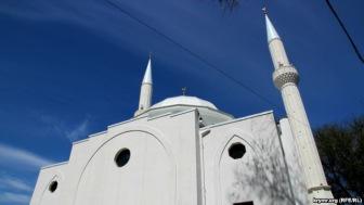 Ислам в Крыму: как ни крути, а получается «церковь»