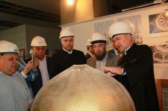 Муфтии осмотрели ход строительства главной мечети России