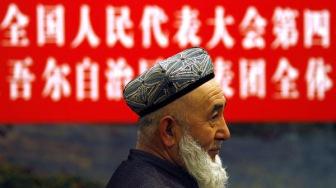 Китайские власти призывали мусульман напиться пива перед Рамаданом