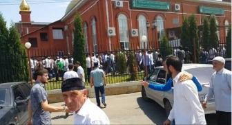 Мечеть Хамзата Чумакова отбила атаку муфтия