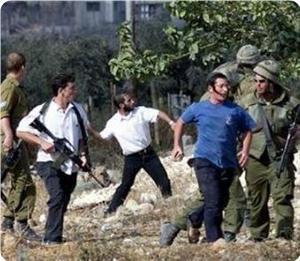 Еврейские экстремисты издеваются над палестинцами