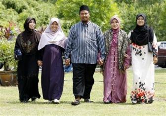В армии Индонезии разрешили полигамию