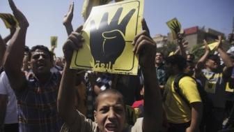 """В Египте законодательно вводят смертную казнь для """"братьев мусульман"""""""