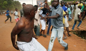 В Центральноафриканской республике в христианство обращают силой