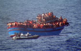 Свыше 2000 беженцев погибли на пути в Европу