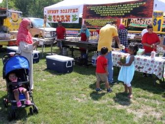 Тысячи гостей посетили в Нью-Джерси халяль-фестиваль