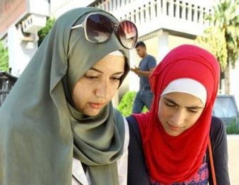 Сирийка в Турции хочет остановить бегущих в Европу