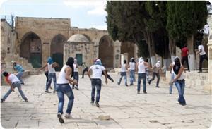 Сионистская хевра штурмует Аль-Аксу второй день подряд
