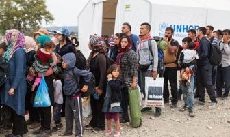 ИГ осудило мусульман, бегущих на Запад