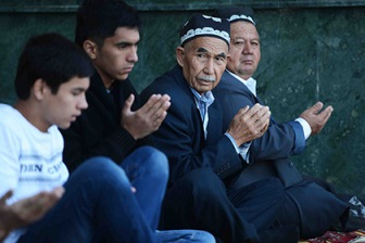 Посетить мечеть на праздник запретили узбекским подросткам