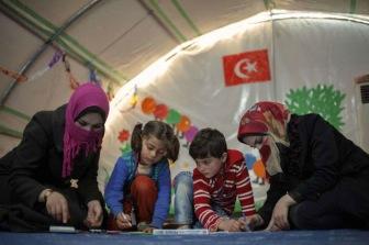 Турция открывает новые лагеря для сирийских беженцев