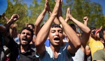 Беспорядки беженцев в Турции