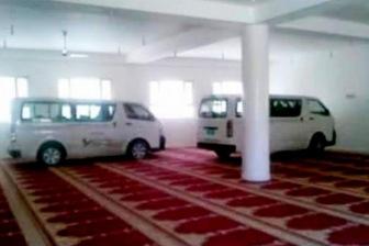В Йемене хусииты из мечети сделали парковку для автомобилей