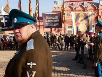 Кирилл Гундяев принял парад казачьих войск
