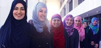 Парламент Латвии отклонил предложение о запрете ношения хиджабов