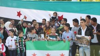 В Турции граждане Сирии выразили протест против российских бомбардировок