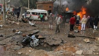 Рынок в Букмоле российская авиация бомбила вместе с женщинами и детьми (ФОТО)