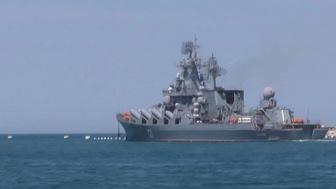 Турецкие подводные лодки окружили крейсер «Москва»