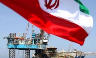 Иран опускает цены на нефть. Рубль падает дальше