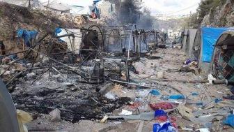 Войска Асада наносят удары по лагерям беженцев