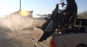 Бои на востоке Сирии: ИГ штурмует аэродром Дейр аз-Зур