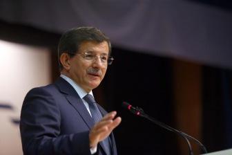 """Турецкий премьер """"знает о месте падения каждой российской бомбы"""""""