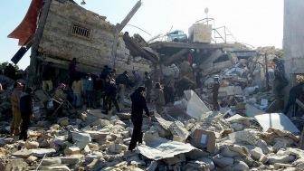 На рынке Идлиба после бомбежки сирийскими ВВС погибло пятнадцать человек, еще сорок получили ранения