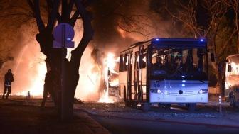 Давутоглу заявил, что организатором взрыва в Анкаре могла быть РПК