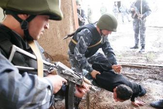 В Таджикистане аресты мусульманских богословов приобрели массовый характер