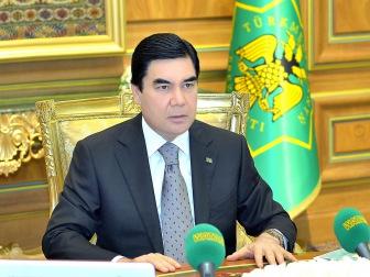 В Туркмении второй пожизненный президент