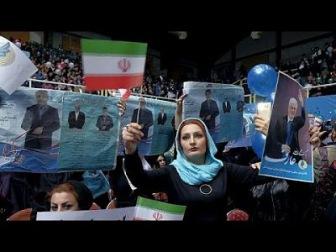"""Иран: президент-либерал против """"полиции нравов"""""""