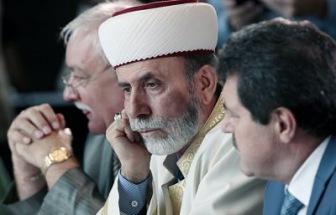 Крым: подкремлевский муфтият осторожно критикует налеты на мечети