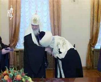 """""""Успехи"""" ЦДУМ: 15 полковых имамов и """"альхамд"""" губернатору"""