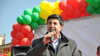 Курды ищут альтернативу террористам и троцкистам