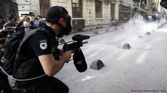 Наступление на нечестивцев в Стамбуле