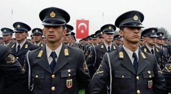 В турецкой армии выявлено 1700 потенциальных заговорщиков