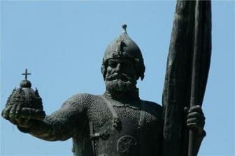 Татарам предпочли очередной бюст Ермака