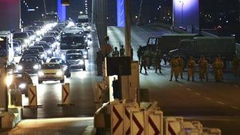 Попытка военного переворота в Турции провалилась, идут аресты организаторов