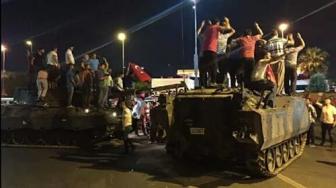 Переворот в Турции - кульминация заговора