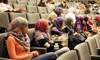 Хиджаб в МГИМО и мусульмане в России
