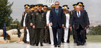 Эрдоган подчиняет себе армию и обещает дать бой в Сирии, Ираке и Ливии