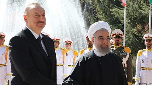 Азербайджан: Алиев опасается за светскость
