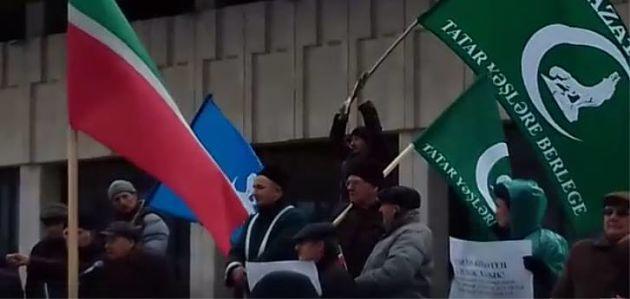 В Татарстане вспомнили защитников Казани, а в России славят ее завоевателя