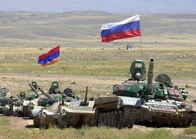 Россия перебросит в Армению дополнительные танки
