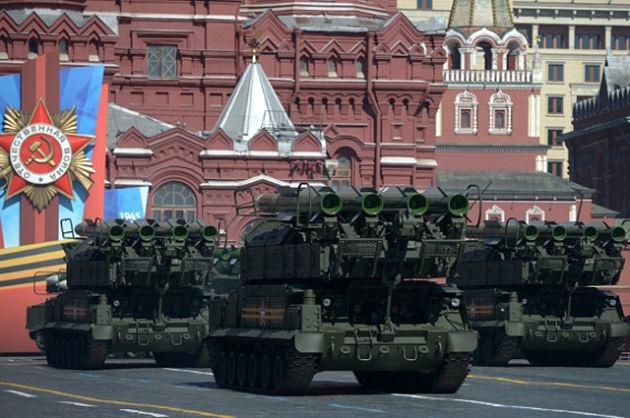 """Новый бюджет России: """"пушки вместо масла"""""""